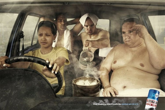 pub odeur voiture