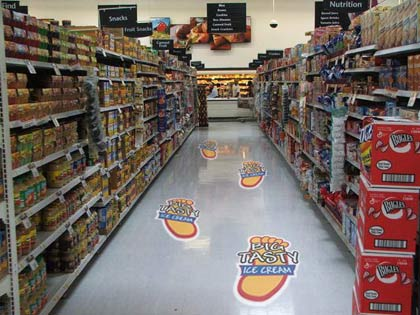 floor-graphics-grocery-store