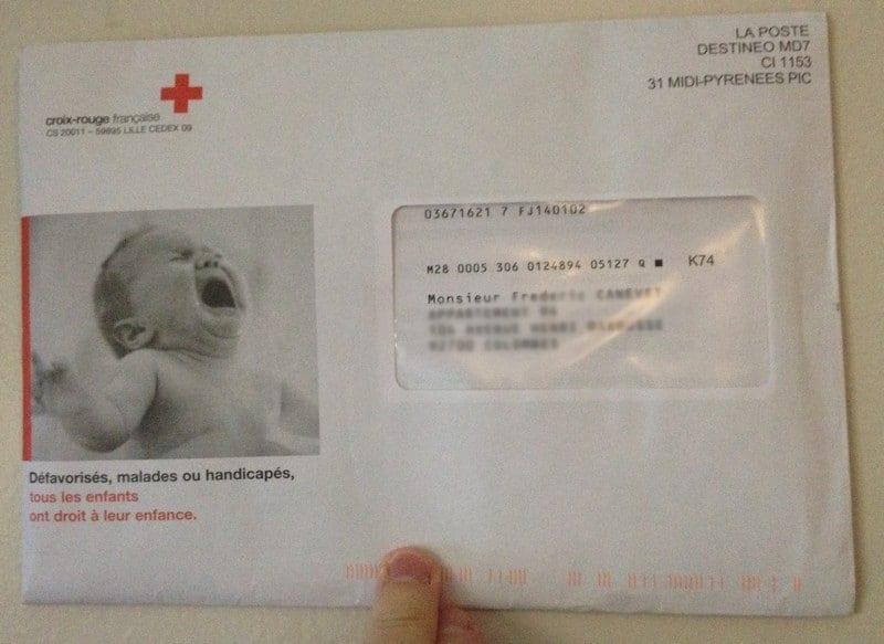Cas pratiques de mailing papier efficace : La Croix Rouge - Walkcast mailing [1] 1