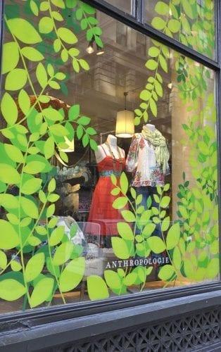 Comment attirer plus de clients dans un magasin, une boutique, un restaurant... via l'affichage et la PLV extérieure ? 41