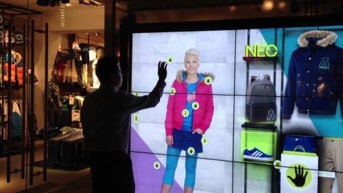 Comment attirer plus de clients dans un magasin, une boutique, un restaurant... via l'affichage et la PLV extérieure ? 73