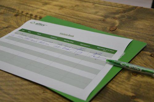 Comment réussir ses cartes de visite en 8 points + 170 idées à prendre en exemple ! 34