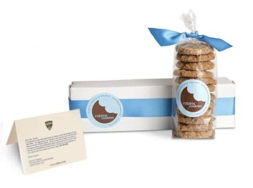 mercedes-benz-ty-cookies-and-note1-jpg