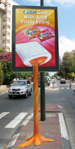 Plus de 100 pubs de Street Marketing créatives à prendre en exemple ! 143