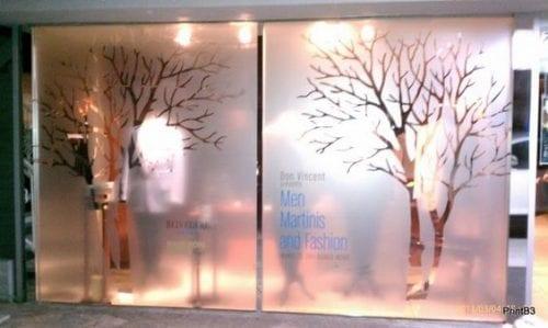 Comment attirer plus de clients dans un magasin, une boutique, un restaurant... via l'affichage et la PLV extérieure ? 65