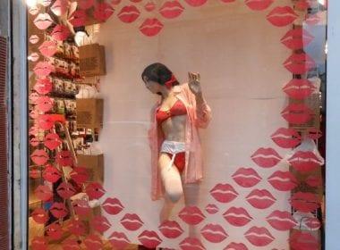 Comment attirer plus de clients dans un magasin, une boutique, un restaurant... via l'affichage et la PLV extérieure ? 3