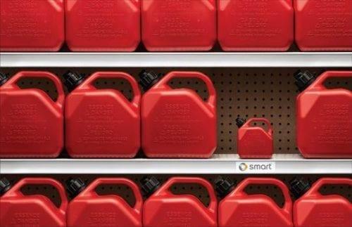 Pénurie de Carburant : Les publicités qui vont vous remonter le moral #penurieessence #penuriecarburant 29