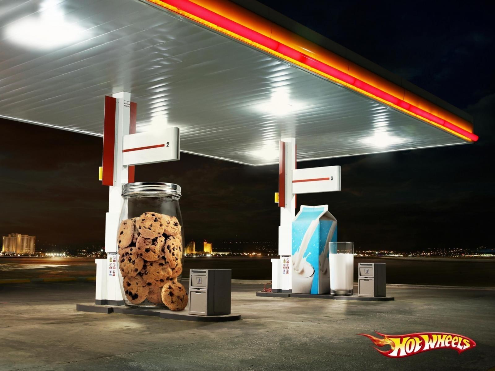 Pénurie de Carburant : Les publicités qui vont vous remonter le moral #penurieessence #penuriecarburant 18
