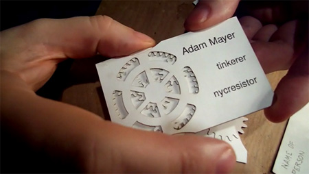 Comment réussir ses cartes de visite en 8 points + 170 idées à prendre en exemple ! 160