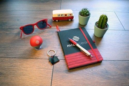 7 stratégies pour fidéliser vos clients et attirer l'attention de vos prospects avec des objets publicitaires ! 16